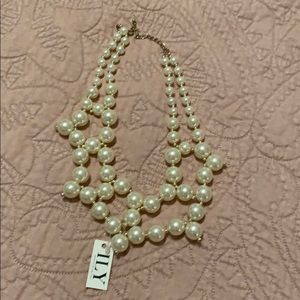 New Statement faux pearl necklace